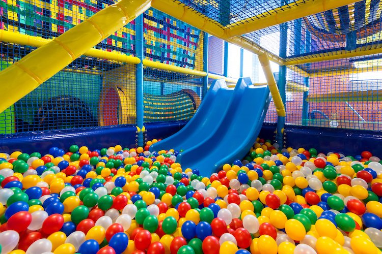 Best indoor playgrounds in indianapolis indy 39 s child for Cheap indoor play areas