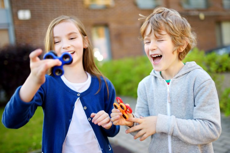 Let's Be Friends: Tips for building relationships and connecting with kids on the autism spectrum